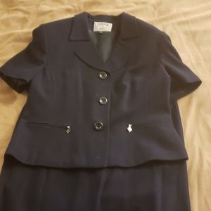 Blue short sleeze suit